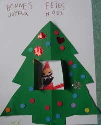Fabriquer carte sapin cole maternelle - Fabrication sapin de noel en carton ...